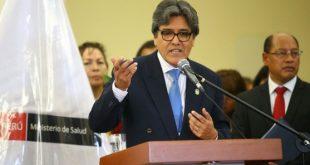 Ministro de Salud considera un riesgo potencial la fusión de cadenas de farmacias